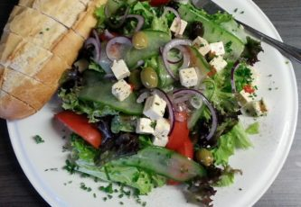 Griekse-salade-broodje-smits