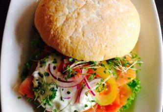 Griekse-zalm-broodje-smits